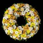 Trauerkranz gelb /weiß Friedhof Kriegshaber
